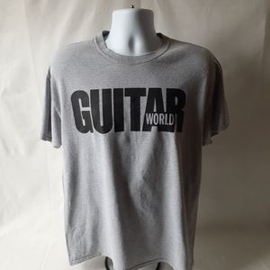Guitar World men's gray short sleeve t-shirt